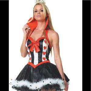 Leg avenue queen of hearts costume